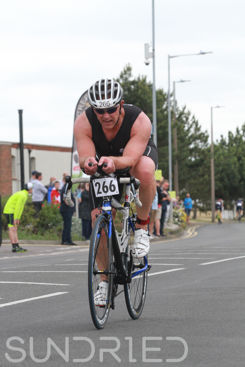 Sundried-Southend-Triathlon-2018-Photos-Cycle-105.jpg