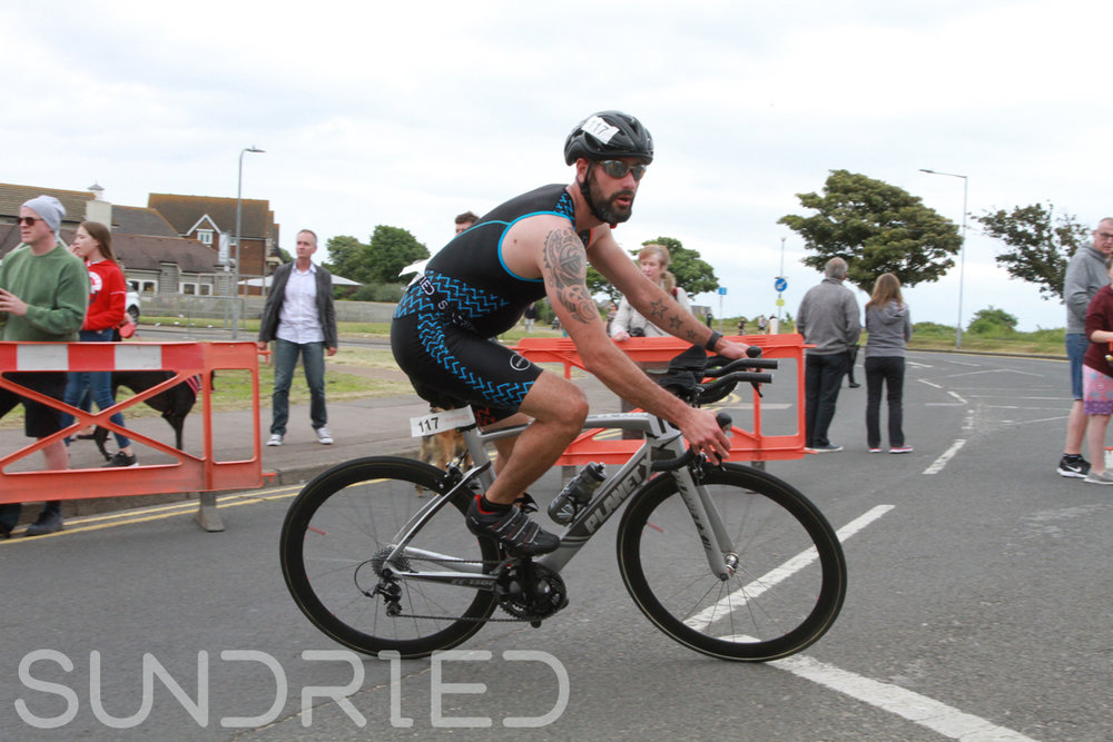 Sundried-Southend-Triathlon-2018-Photos-Cycle-371.jpg