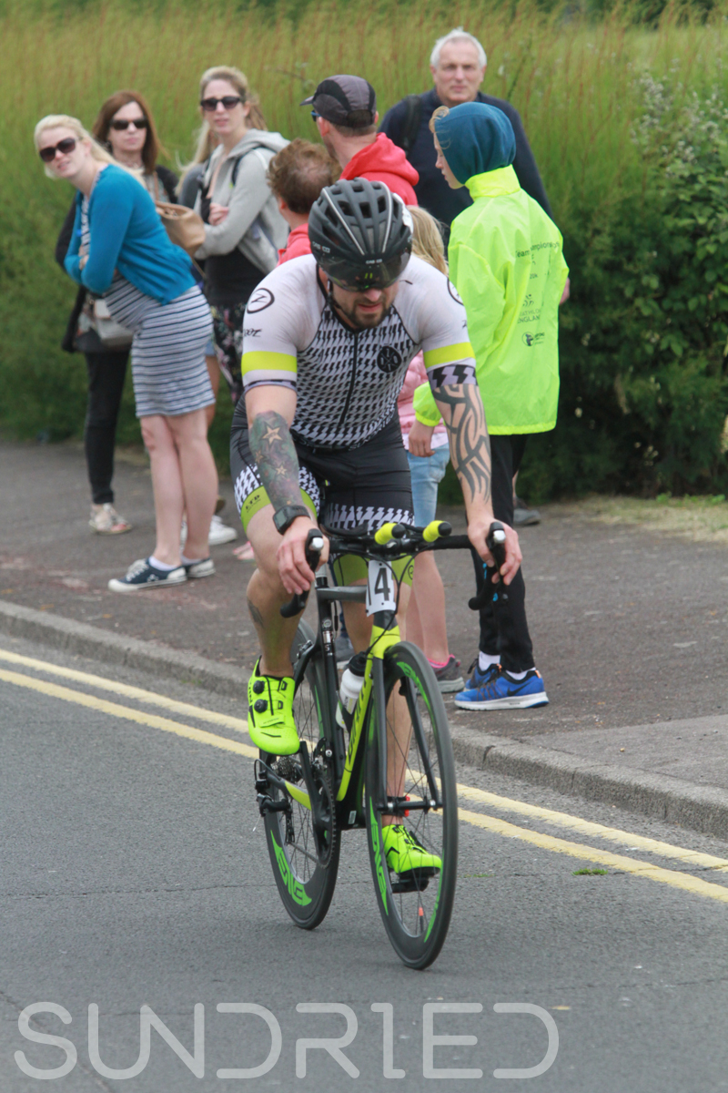 Sundried-Southend-Triathlon-2018-Photos-Cycle-398.jpg