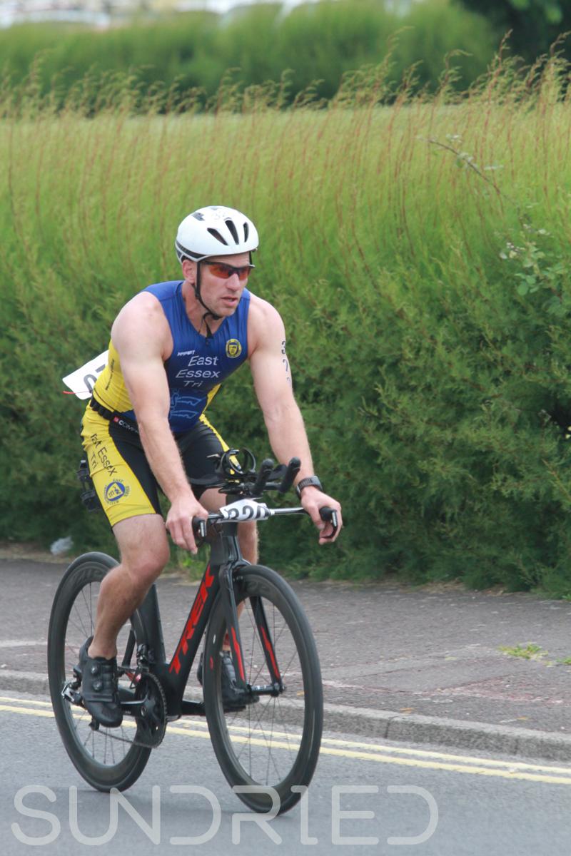 Sundried-Southend-Triathlon-2018-Photos-Cycle-945.jpg