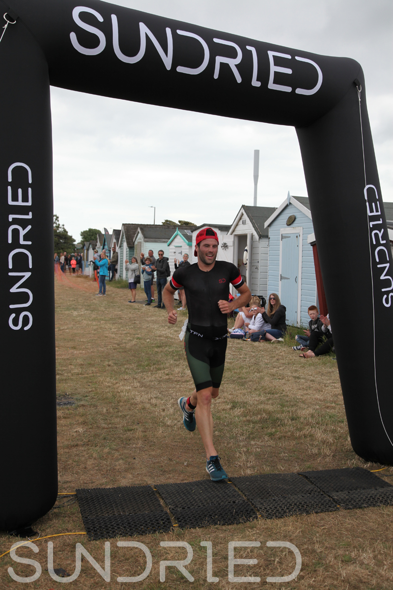 Sundried-Southend-Triathlon-2018-Run-Finish-002.jpg
