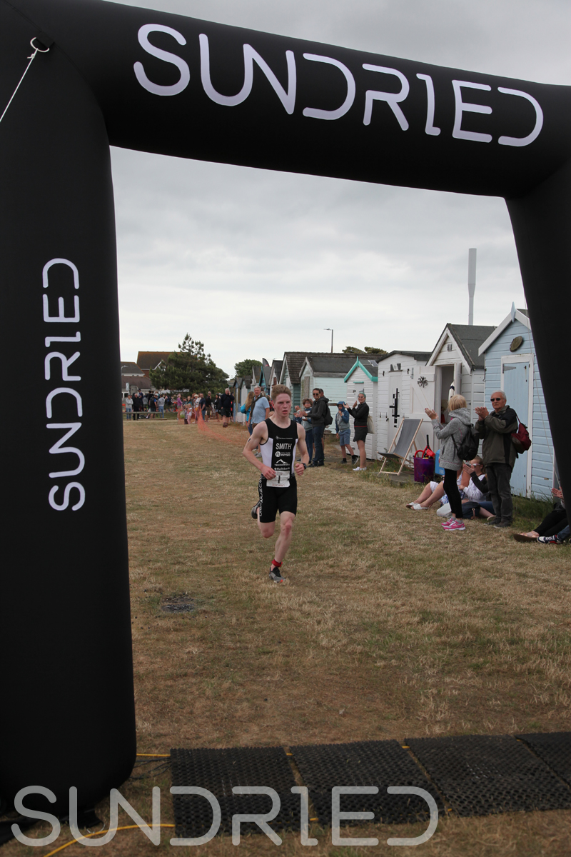 Sundried-Southend-Triathlon-2018-Run-Finish-004.jpg