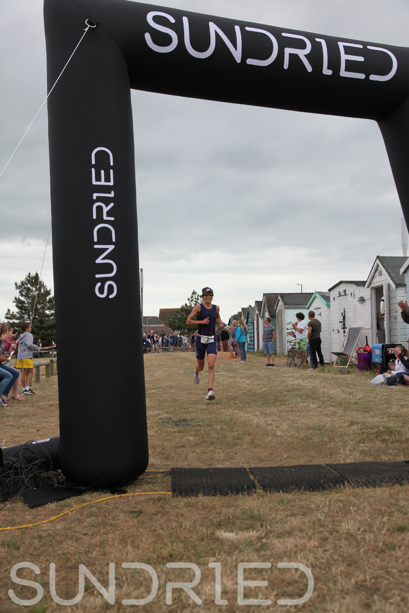 Sundried-Southend-Triathlon-2018-Run-Finish-007.jpg