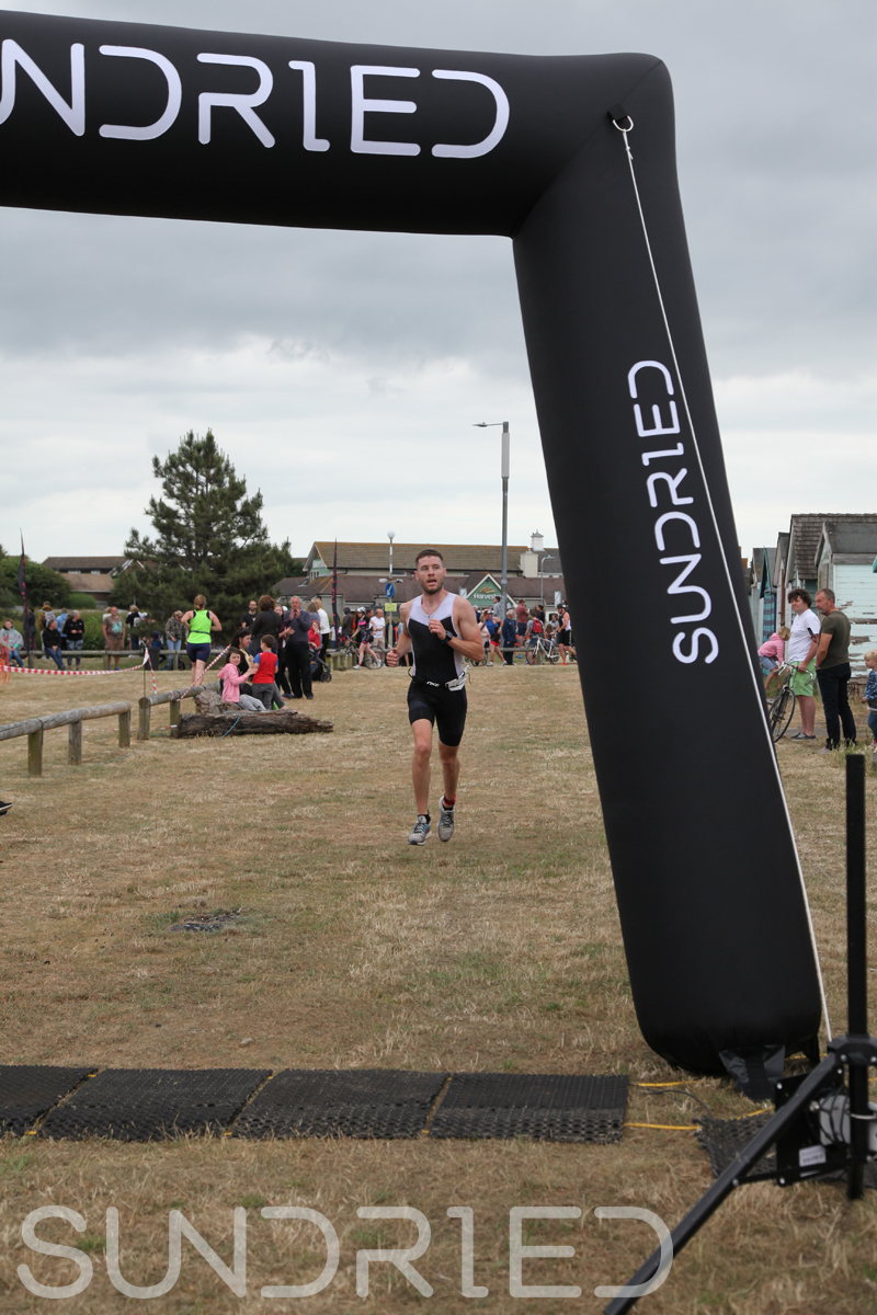 Sundried-Southend-Triathlon-2018-Run-Finish-011.jpg
