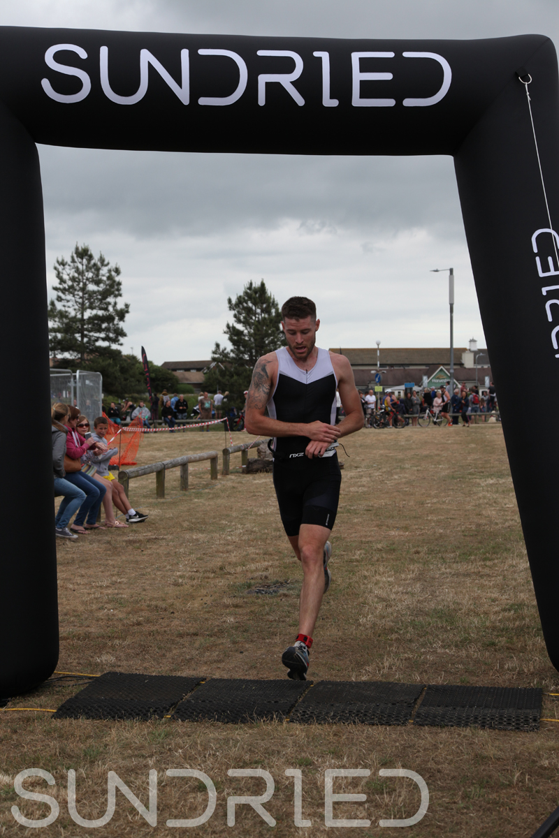 Sundried-Southend-Triathlon-2018-Run-Finish-012.jpg