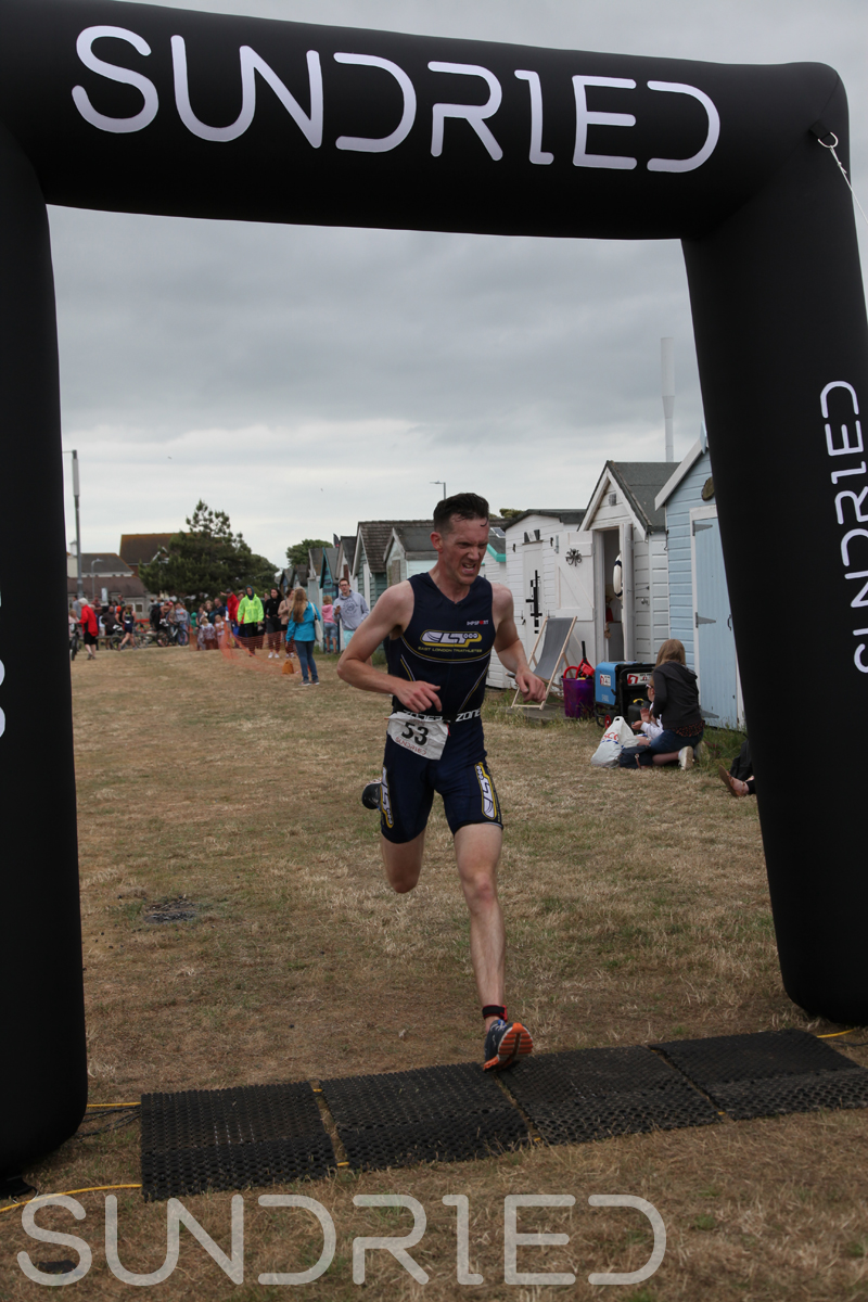 Sundried-Southend-Triathlon-2018-Run-Finish-013.jpg