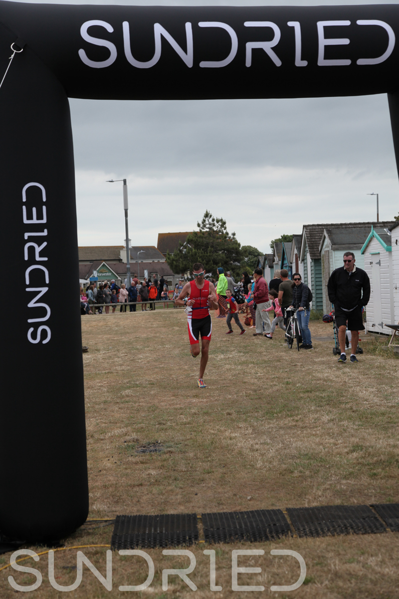 Sundried-Southend-Triathlon-2018-Run-Finish-015.jpg