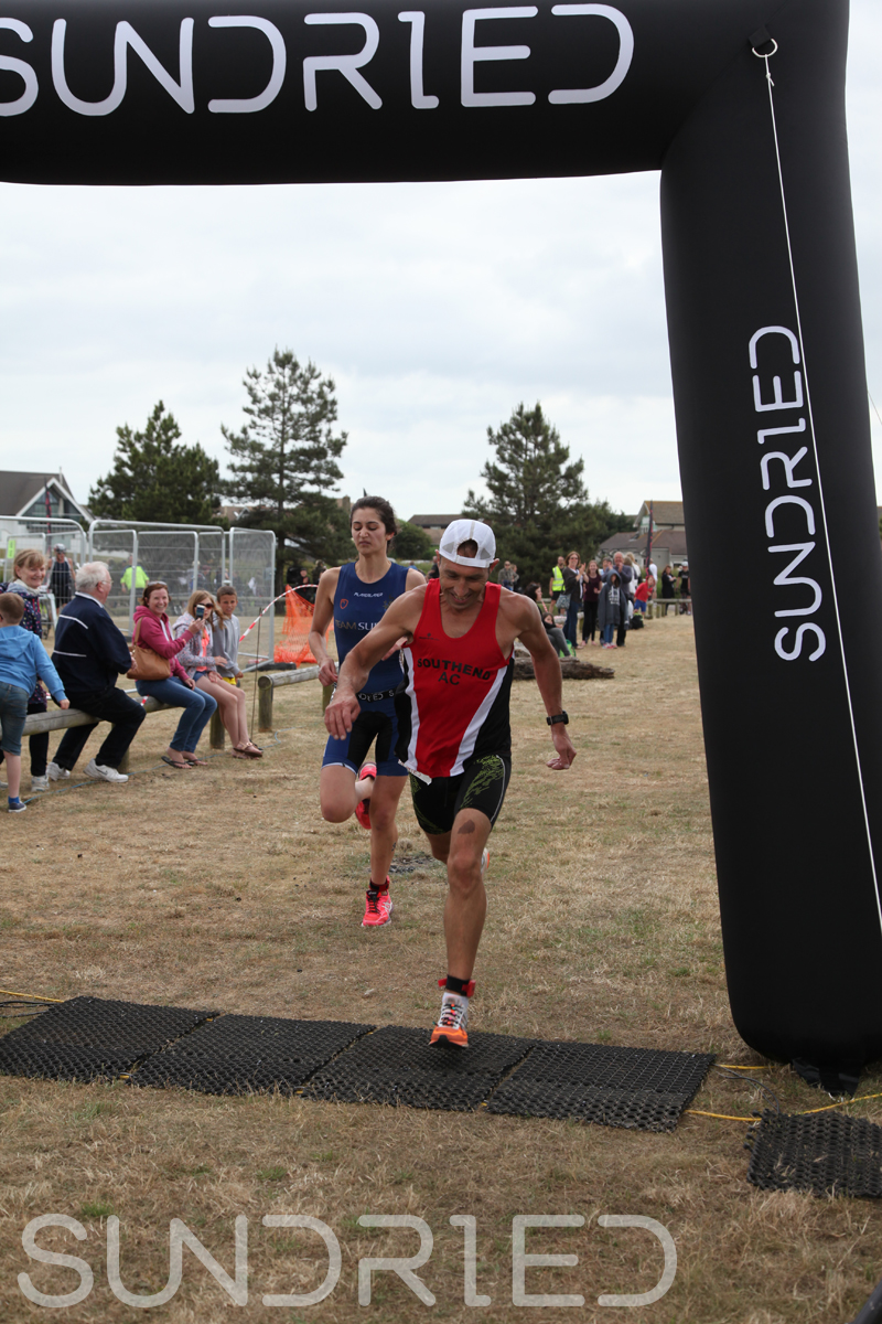 Sundried-Southend-Triathlon-2018-Run-Finish-017.jpg