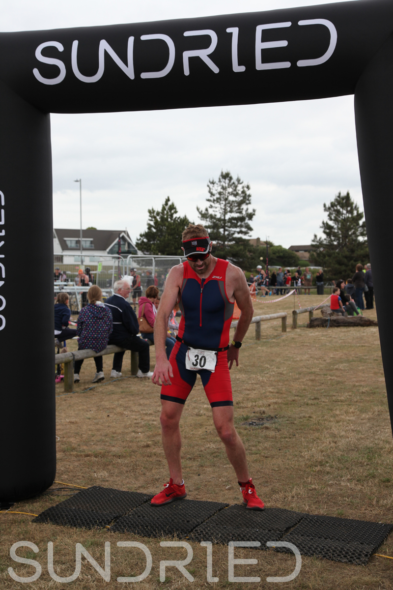 Sundried-Southend-Triathlon-2018-Run-Finish-022.jpg