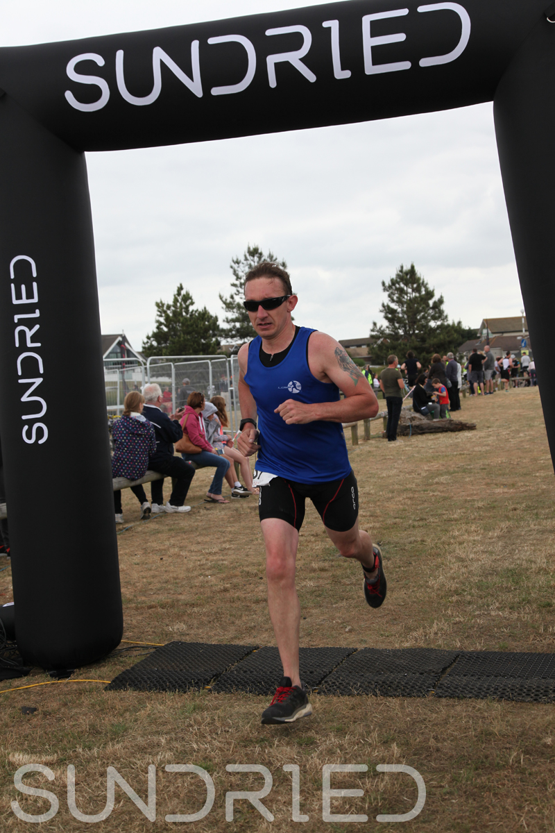 Sundried-Southend-Triathlon-2018-Run-Finish-026.jpg