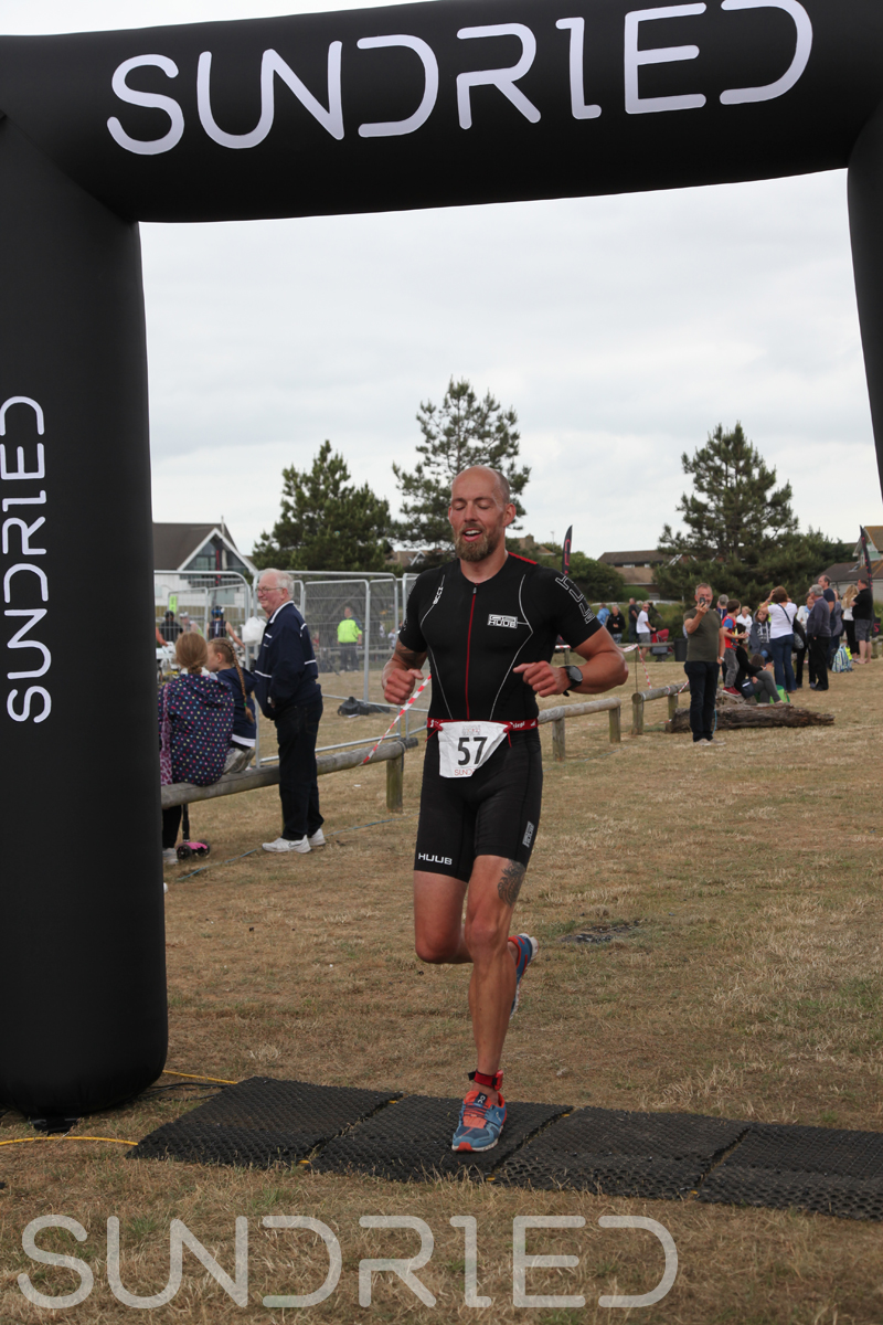 Sundried-Southend-Triathlon-2018-Run-Finish-031.jpg
