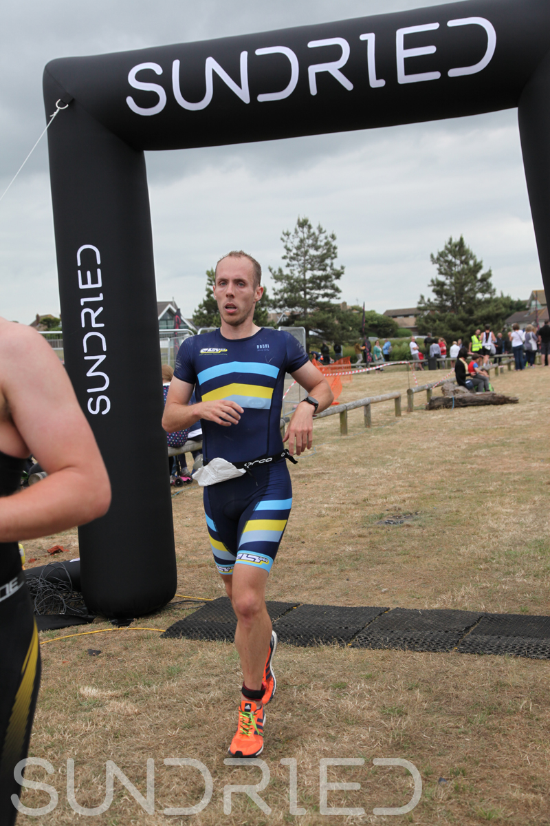 Sundried-Southend-Triathlon-2018-Run-Finish-051.jpg