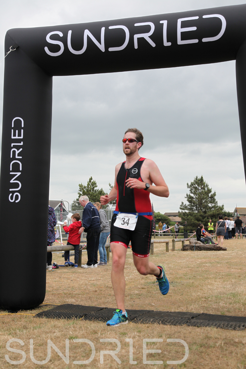 Sundried-Southend-Triathlon-2018-Run-Finish-056.jpg