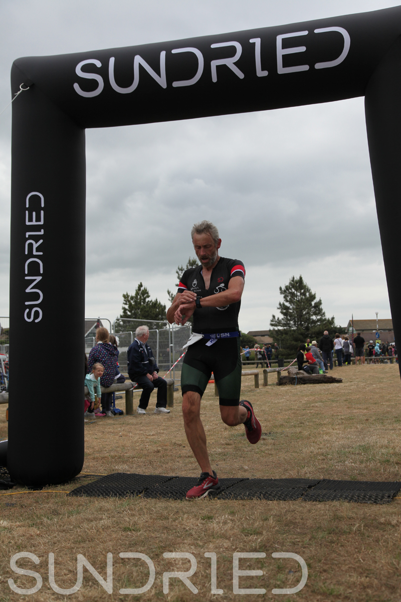 Sundried-Southend-Triathlon-2018-Run-Finish-074.jpg