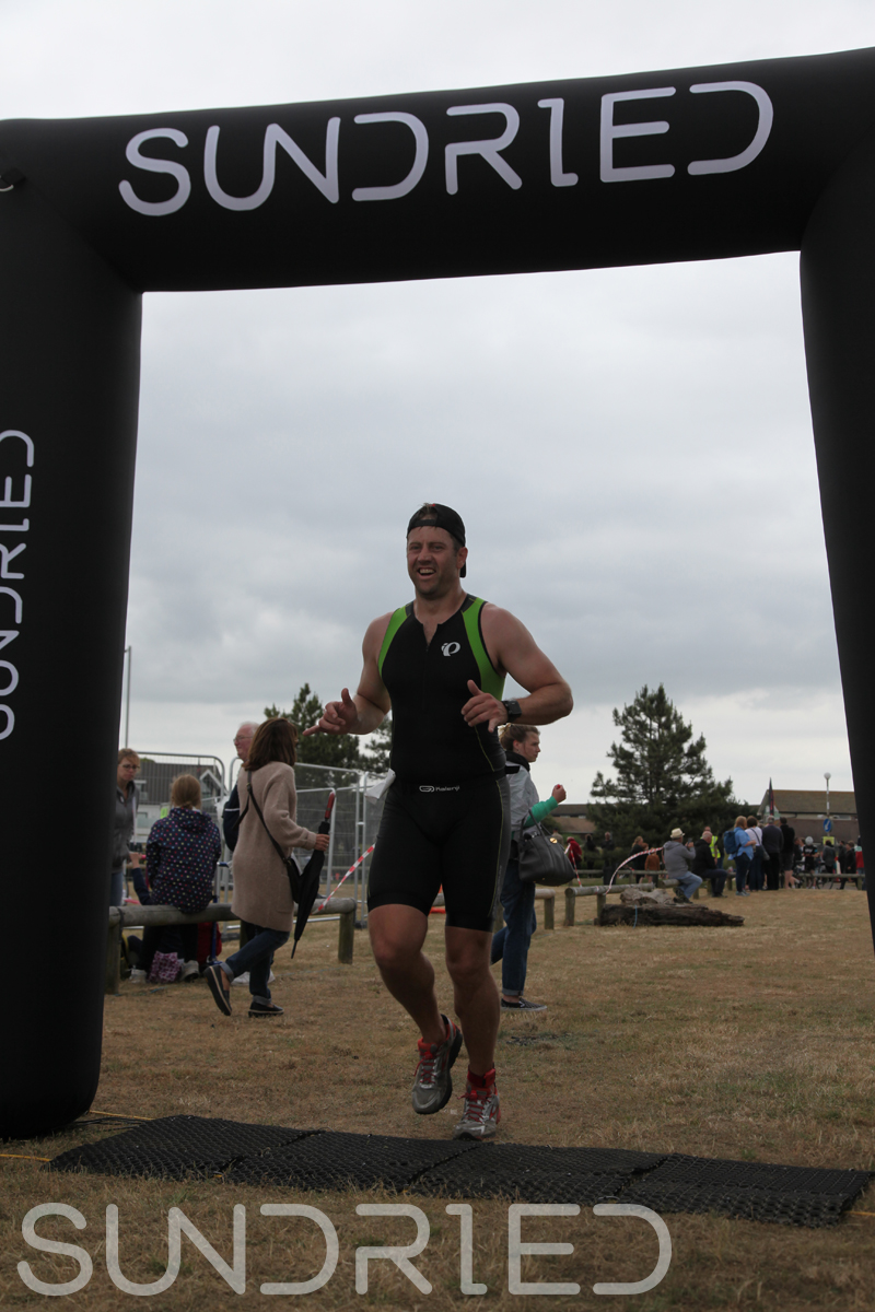 Sundried-Southend-Triathlon-2018-Run-Finish-089.jpg