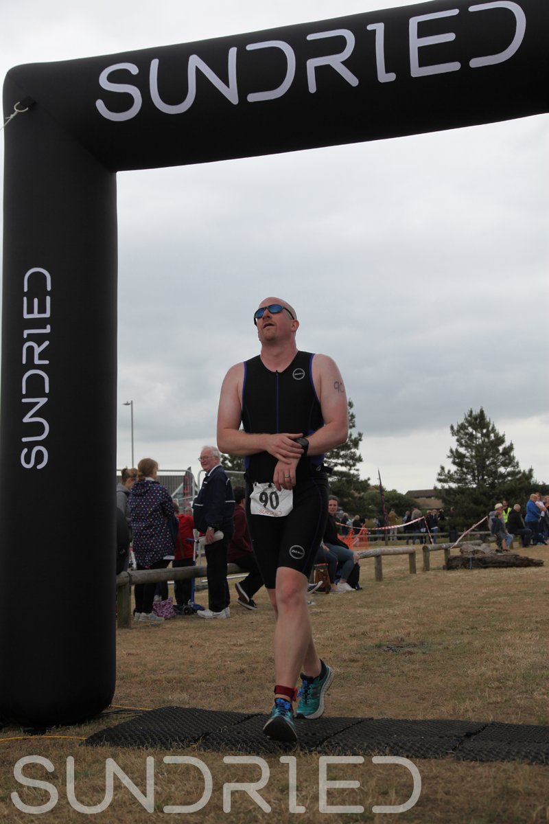 Sundried-Southend-Triathlon-2018-Run-Finish-094.jpg