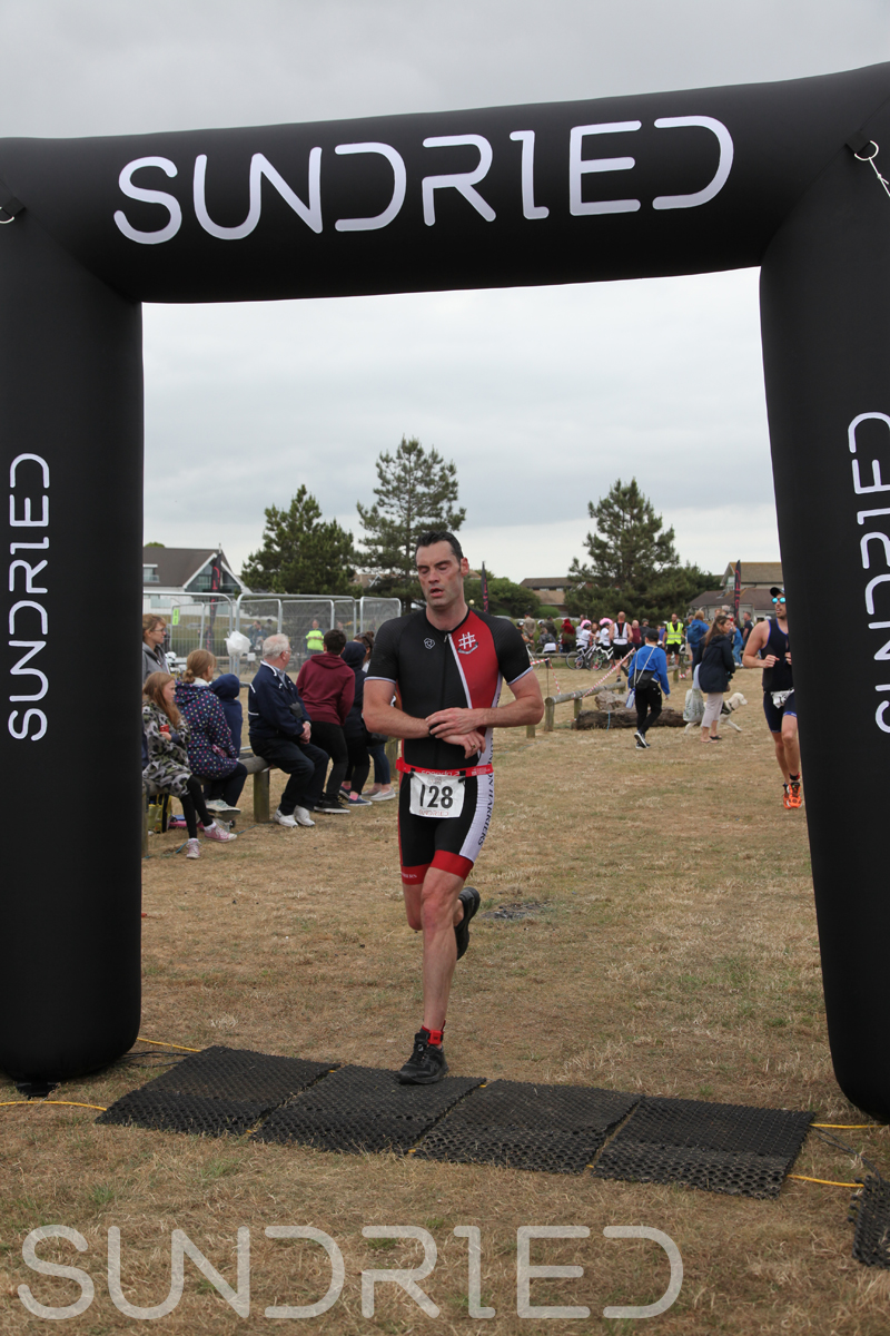 Sundried-Southend-Triathlon-2018-Run-Finish-110.jpg