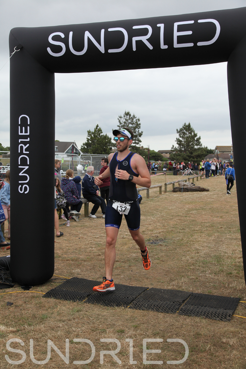 Sundried-Southend-Triathlon-2018-Run-Finish-111.jpg