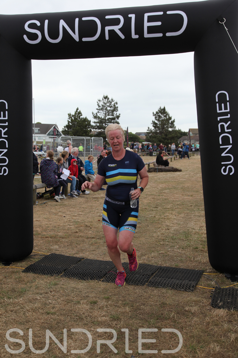 Sundried-Southend-Triathlon-2018-Run-Finish-146.jpg