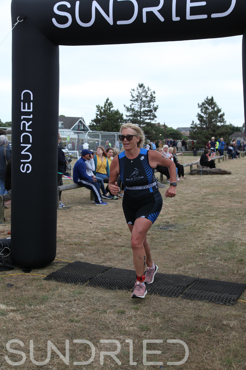 Sundried-Southend-Triathlon-2018-Run-Finish-151.jpg