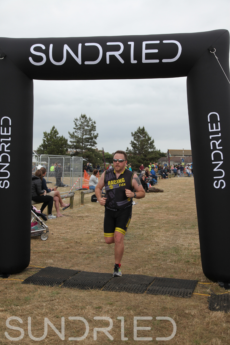 Sundried-Southend-Triathlon-2018-Run-Finish-223.jpg