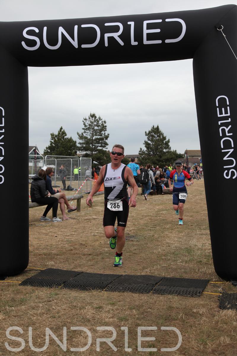 Sundried-Southend-Triathlon-2018-Run-Finish-233.jpg