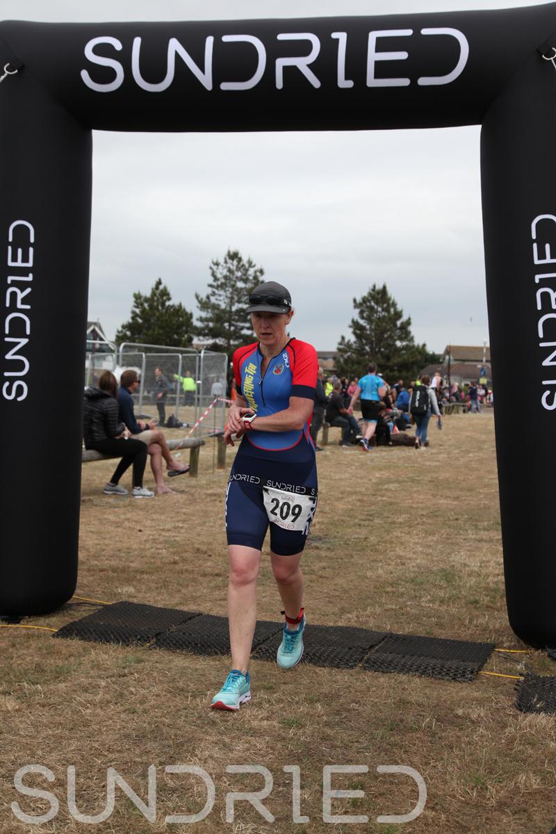 Sundried-Southend-Triathlon-2018-Run-Finish-234.jpg