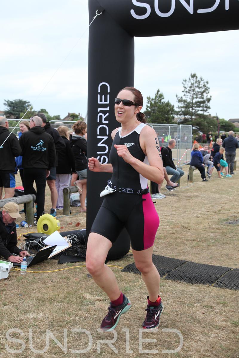 Sundried-Southend-Triathlon-2018-Run-Finish-272.jpg