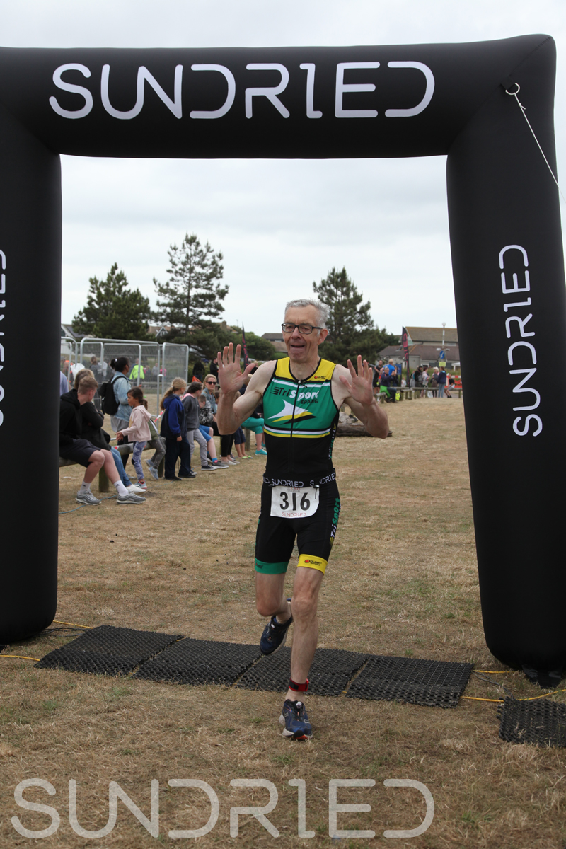 Sundried-Southend-Triathlon-2018-Run-Finish-277.jpg