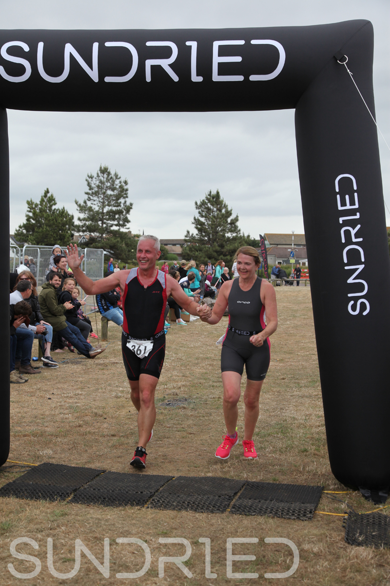 Sundried-Southend-Triathlon-2018-Run-Finish-327.jpg