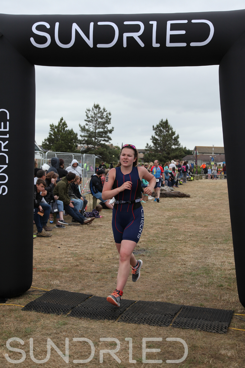 Sundried-Southend-Triathlon-2018-Run-Finish-353.jpg