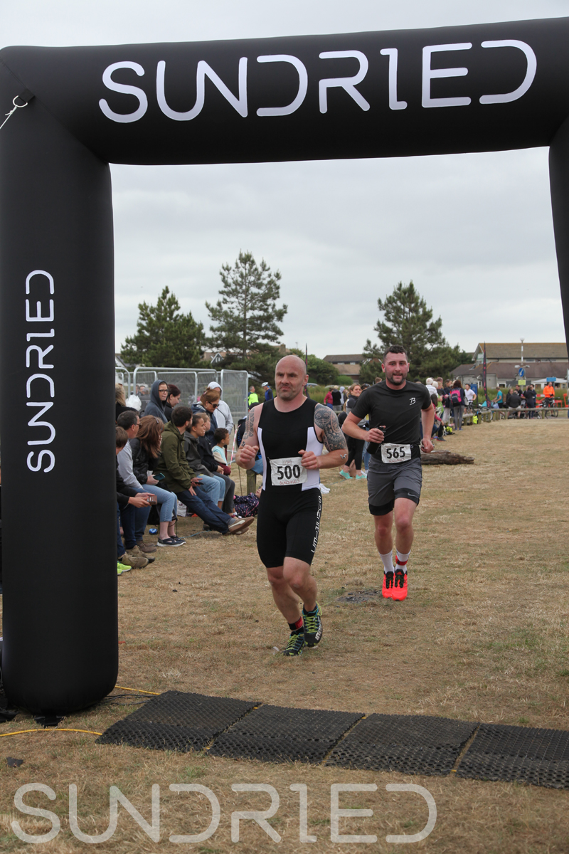 Sundried-Southend-Triathlon-2018-Run-Finish-360.jpg