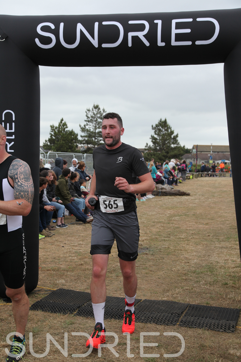 Sundried-Southend-Triathlon-2018-Run-Finish-361.jpg
