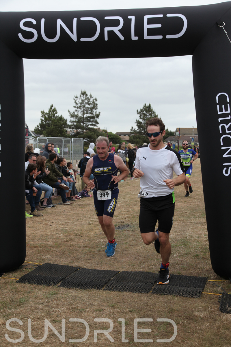 Sundried-Southend-Triathlon-2018-Run-Finish-370.jpg