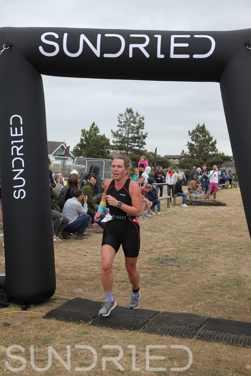 Sundried-Southend-Triathlon-2018-Run-Finish-422.jpg