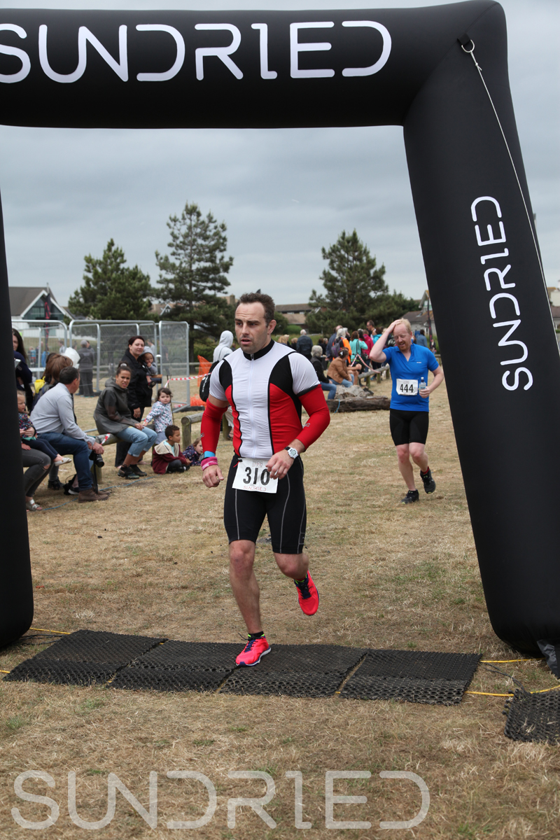 Sundried-Southend-Triathlon-2018-Run-Finish-433.jpg