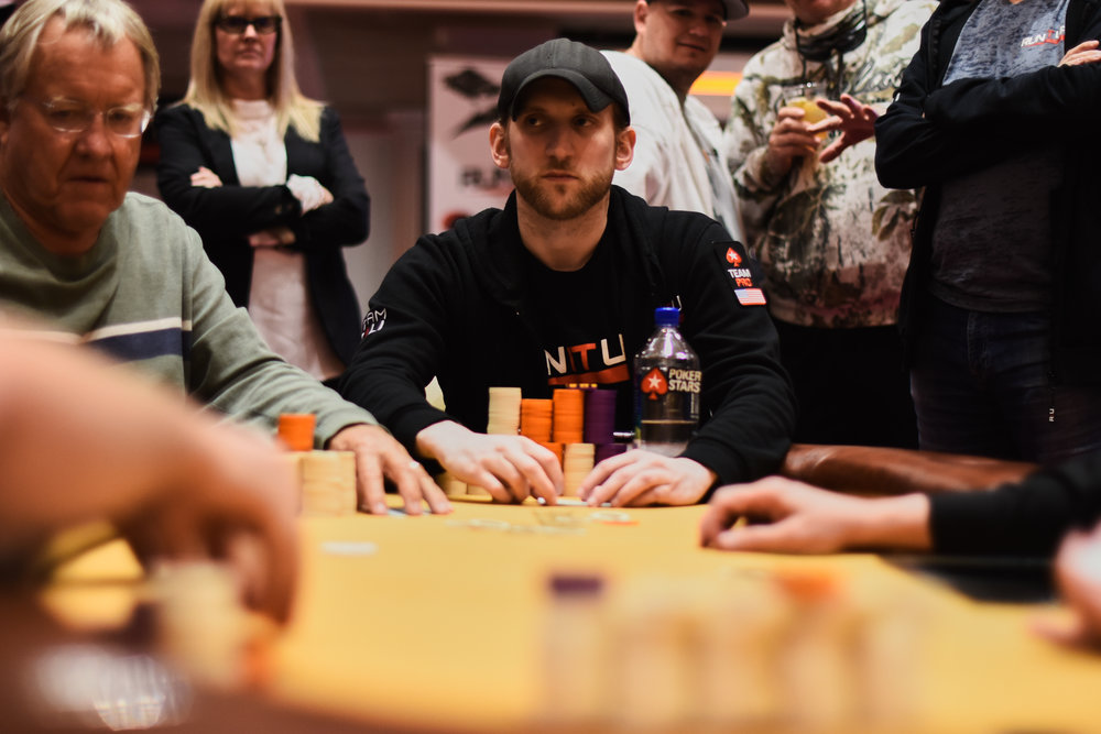 Jason Somerville leads the way on this $1,100 Thursday Thrilla Bounty Final Table