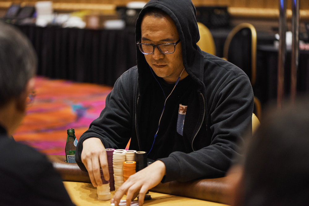 Dustin Pak leads at the end of Day 1B