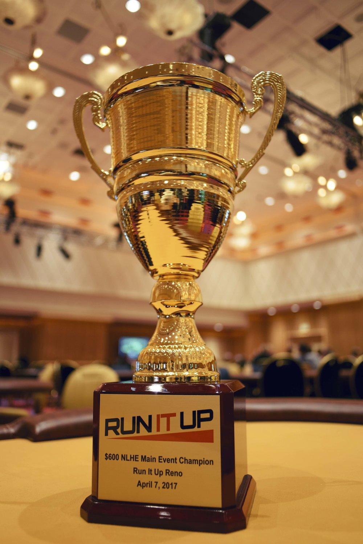 Trophy_RunitupReno_AA07400_2.JPG