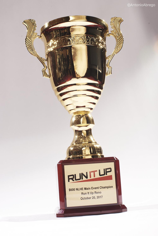 Main Event Trophy_RunItUp2017_Abrego__AA00224.jpg