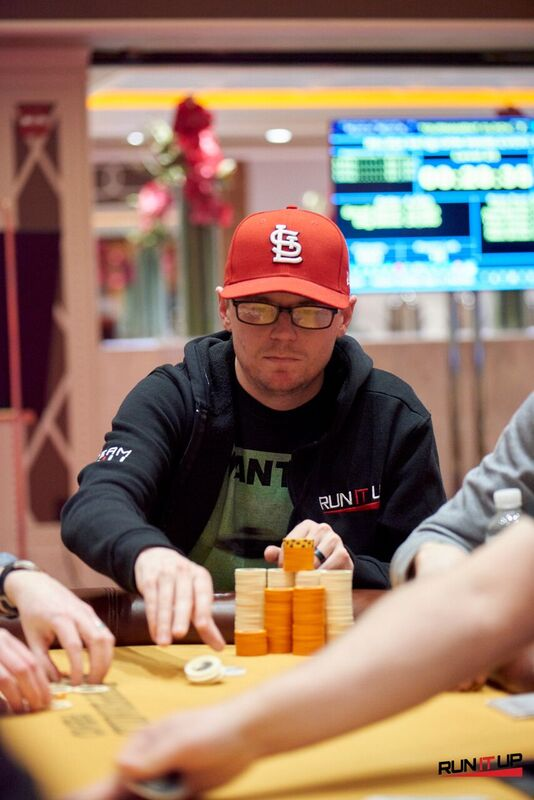 DJ Fenton won the main event and is at the final table of the $125 six-max