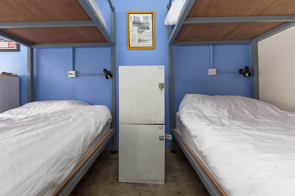 8-bed-dorm-hostel-dorm-room-4.jpg