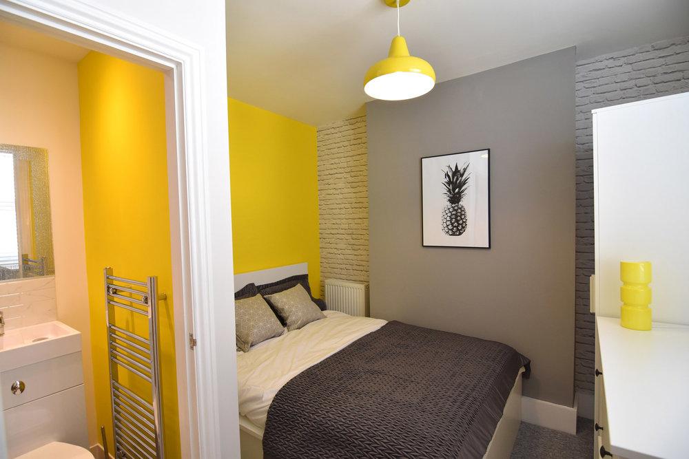 Room1pic1-sml.jpg