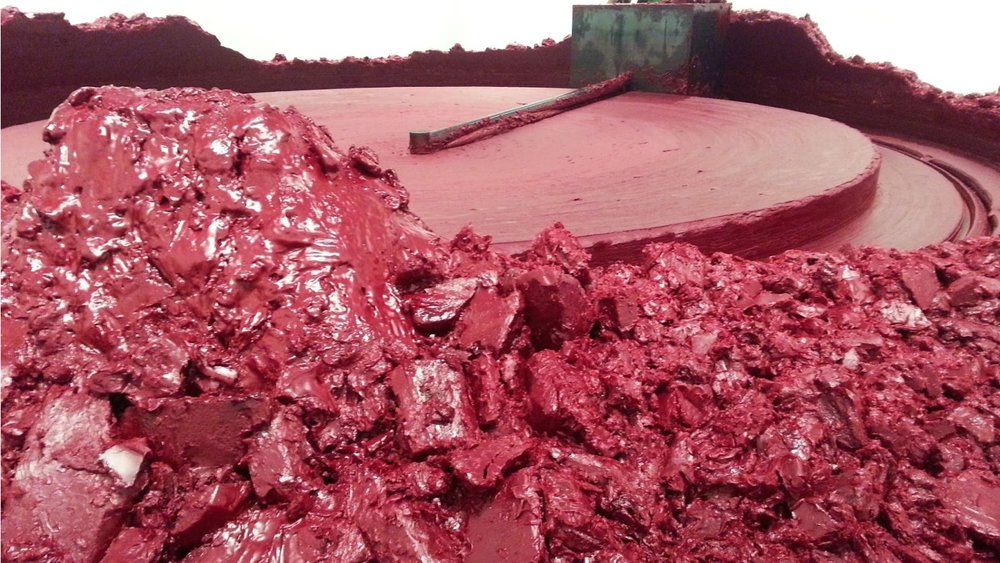 Arnish Kapoor, My Red Homeland (2003)