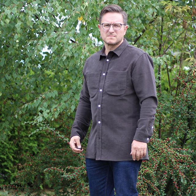The people's champ @welldresseddad has just posted about us and our second collection over on his site. A thoroughly good read, if we do say so ourselves. Nick's wearing the moleskin Parker with no smiles.