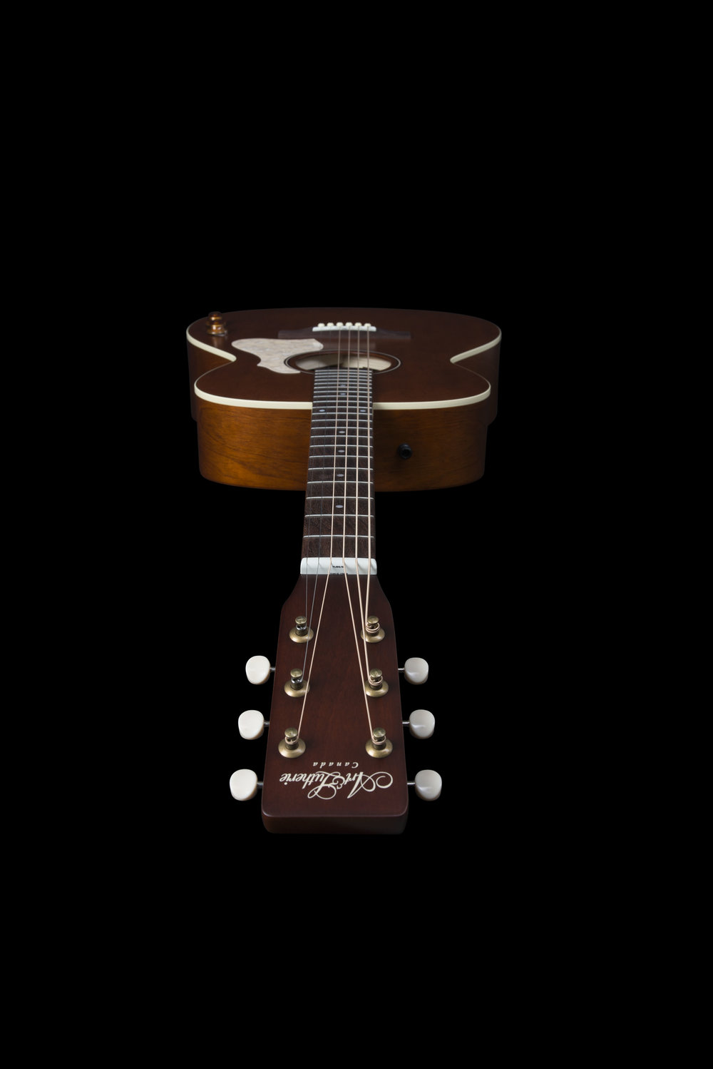 47710_A&L_Legacy_Havana_Brown_EQ_headon.jpg