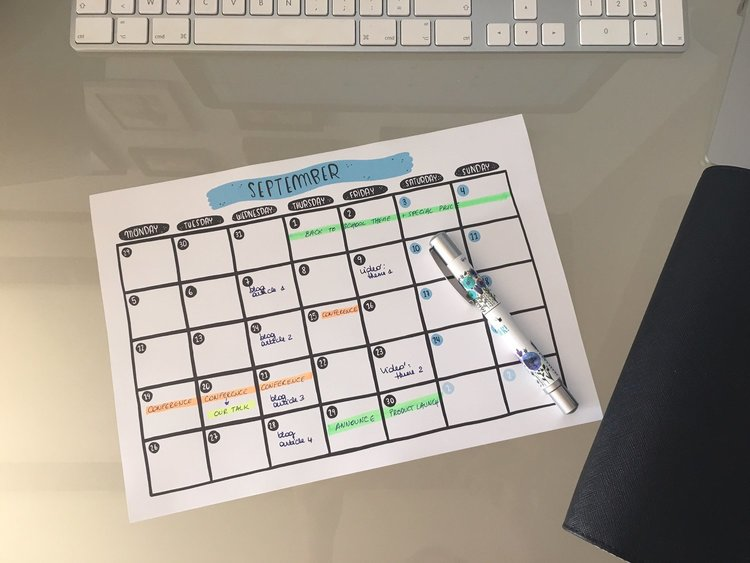 Why And How You Should Create A Content Calendar Moondust