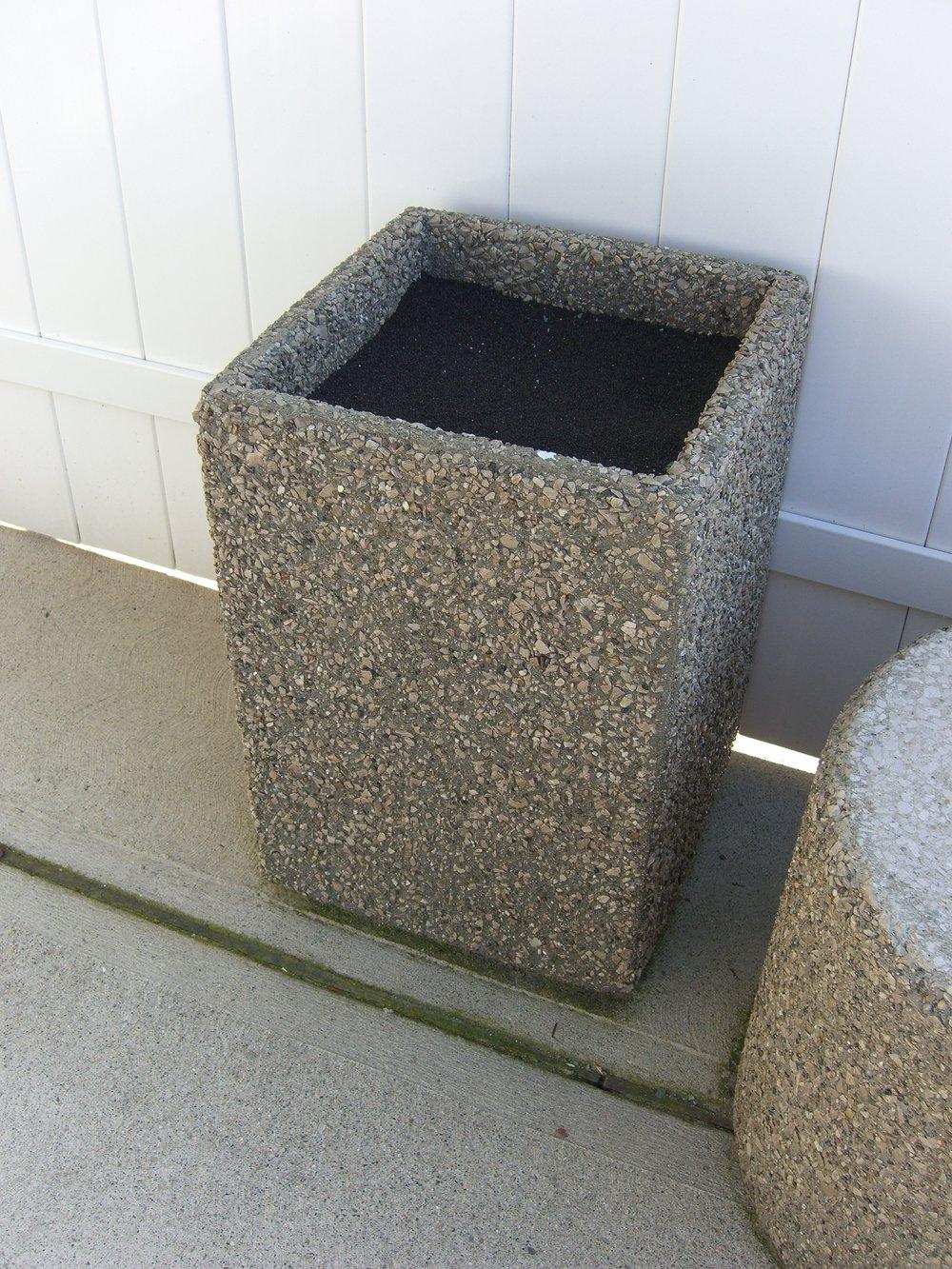 Ash Tray (Square)
