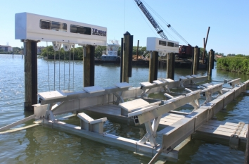 Four Post Boat Lift for Yachts