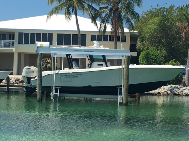33k Super Lift Located in TAvernier, Florida.